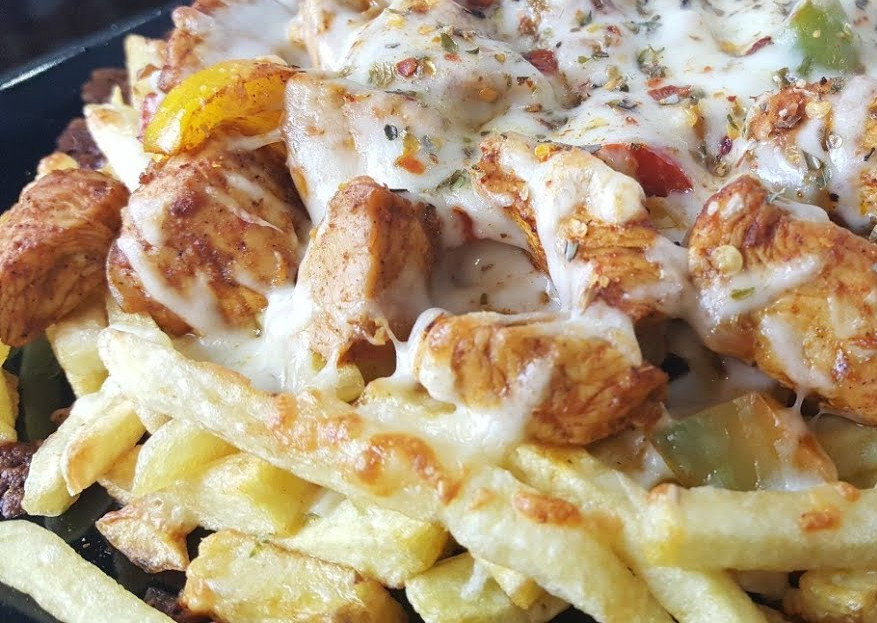 LOADED CHEESY FRIES WITH CHICKEN