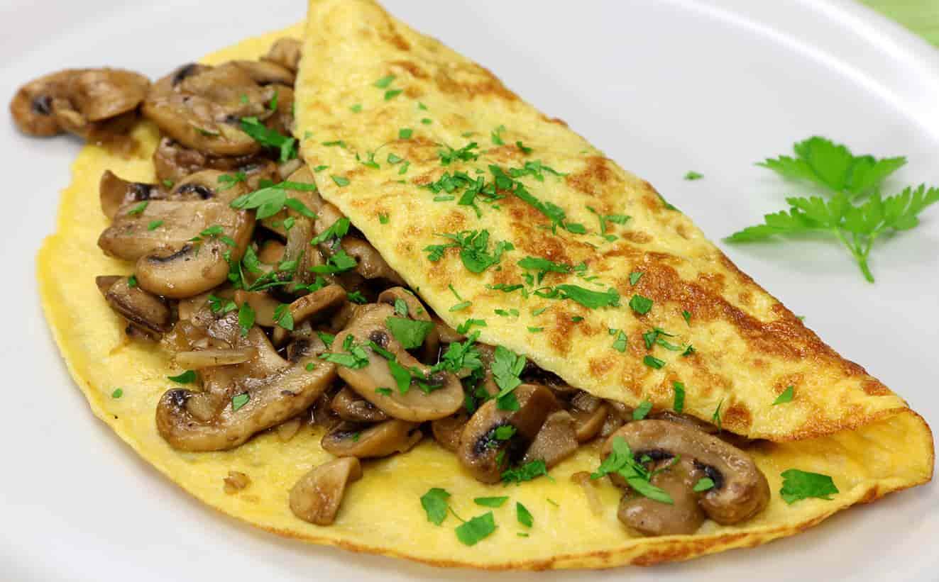 FRENCH MUSHROOM, CORN AND CHEESE OMELETTE
